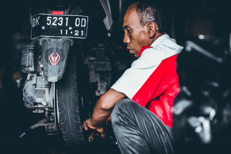 What Does a Motorcycle Mechanic Job Do